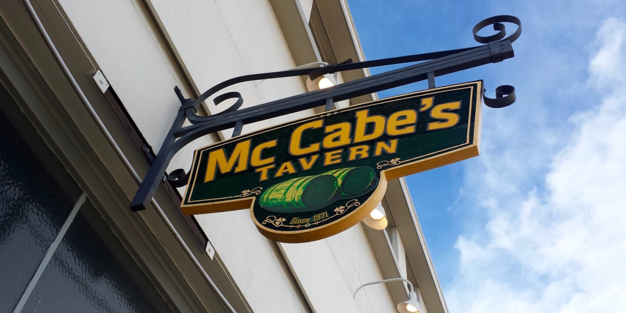 McCabe's Tavern, Rocky Mountain Food Report, Colorado Springs, food, drink, cocktails